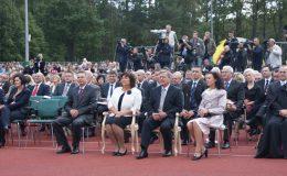 doynki_prezydenckie_z_prezydentem_bronisawem_komorowskim_20110423_1898697296