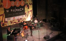 jazz_w_ruinach_20120903_1787704105