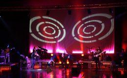 koncert_-_wrczenie_platynowej_pyty_marcinowi_wyrostkowi_20110422_1538510488