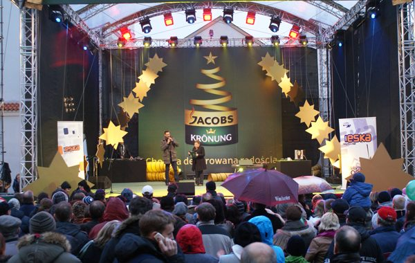 Poznań – Nagłośnienie podczas imprezy choinkowej na rynku